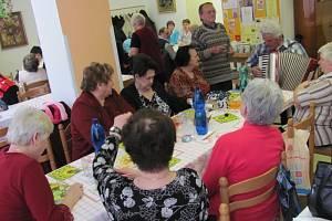 Velikonoce v Městském klubu důchodců v Krnově byly veselé.