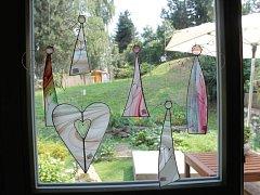 Každý kousek, který vzejde z dílny vitrážistky Ivety Strnadové z Vrbna pod Pradědem, je originál.