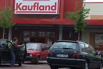 Krnovský Kaufland na Opavské ulici.