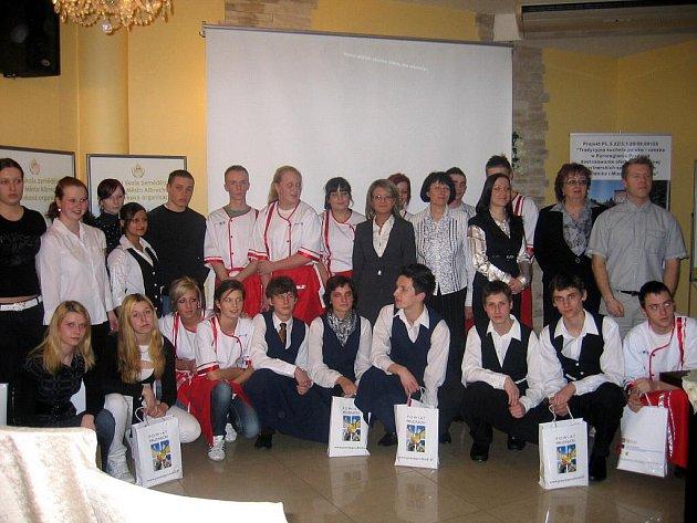 Studenti a pedagogové z Albrechtic a Prudniku si během spolupráce vyměnili řadu bohatých zkušeností.