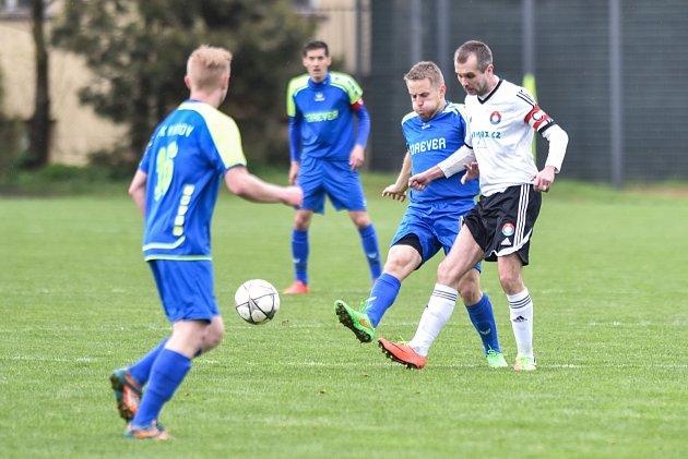 Krnovští fotbalisté v dalším kole krajského přeboru i kvůli absencím v sestavě vyšli bodově naprázdno. Foto: