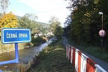 Až do Železné vede z Vrbna pod Pradědem Černá Opava. Kolem jejího toku vznikne relaxační areál.