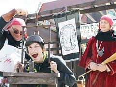 Kruntý trest nečekal kouzelníky jen v dávné minulosti. Vrbenského mága Víťu Válka podrobili tortuře v Nyse polští kati z Katostwa Nyskiego.
