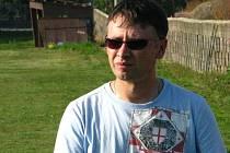 Petr Barvík se po sobotním derby v Úvalně pustil do kritiky jindřichovské defenzívy, která inkasovala čtyři góly. Po třech porážkách v řadě teď Slezan přehodnotil podzimní ambice.