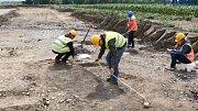 Archeologický záchranný výzkum na trase budoucího obchvatu Krnova objevil sídlo z doby bronzové.
