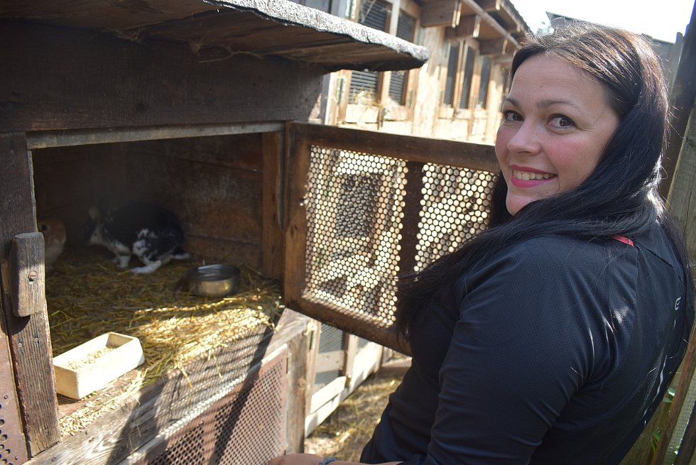 Terezie Böhmová v bývalé bažantnici vybudovala Farmu pod Hradem. Pořádá tábory pro děti a nabízí zájemcům zážitky oblasti agroturistiky.