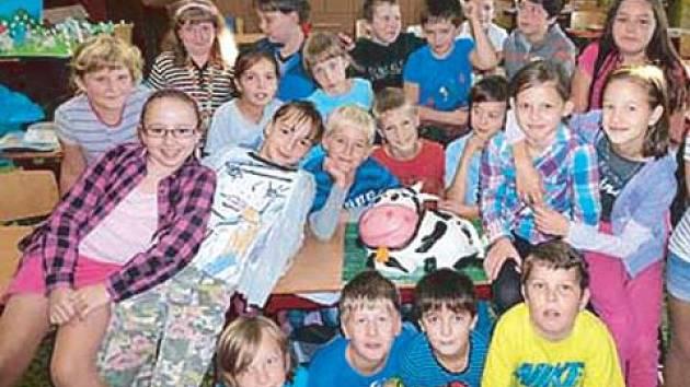 Žáci 4.B z Města Albrechtic vymysleli farmu snů a poslali ji do mléčné soutěže Bílé plus. V těchto dnech se radují z vítězství i z finanční odměny.