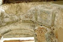 Renesanční nástěnná malba je unikátní výzdobou šesté brány hradu Sovince, pocházející z osmdesátých let šestnáctého století.