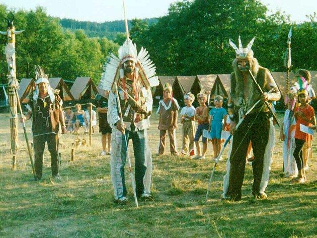 Děti musí tábor bavit, dobré je tématické zaměření, třeba na indiány.
