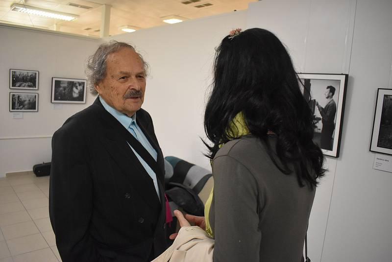 Fotograf evropského významu a kandidát parlamentních voleb 2021 Gustav Aulehla zKrnova.