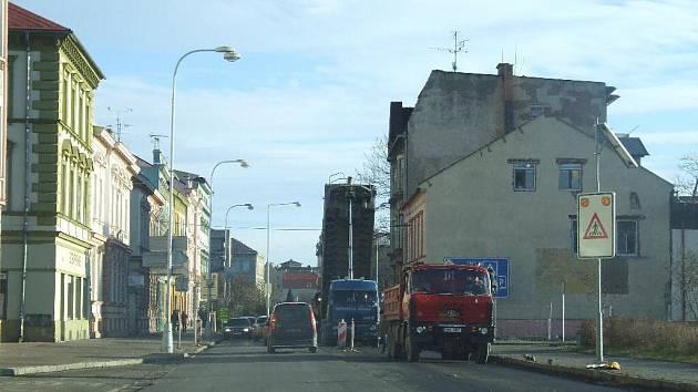 Oprava silnice je hotova.