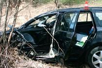 Nehoda na silnici mezi Krnovem a Branticemi.