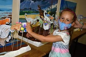 Nejen děti zaplnily v sobotu děčínské muzeum, nalákali je dinosauři.