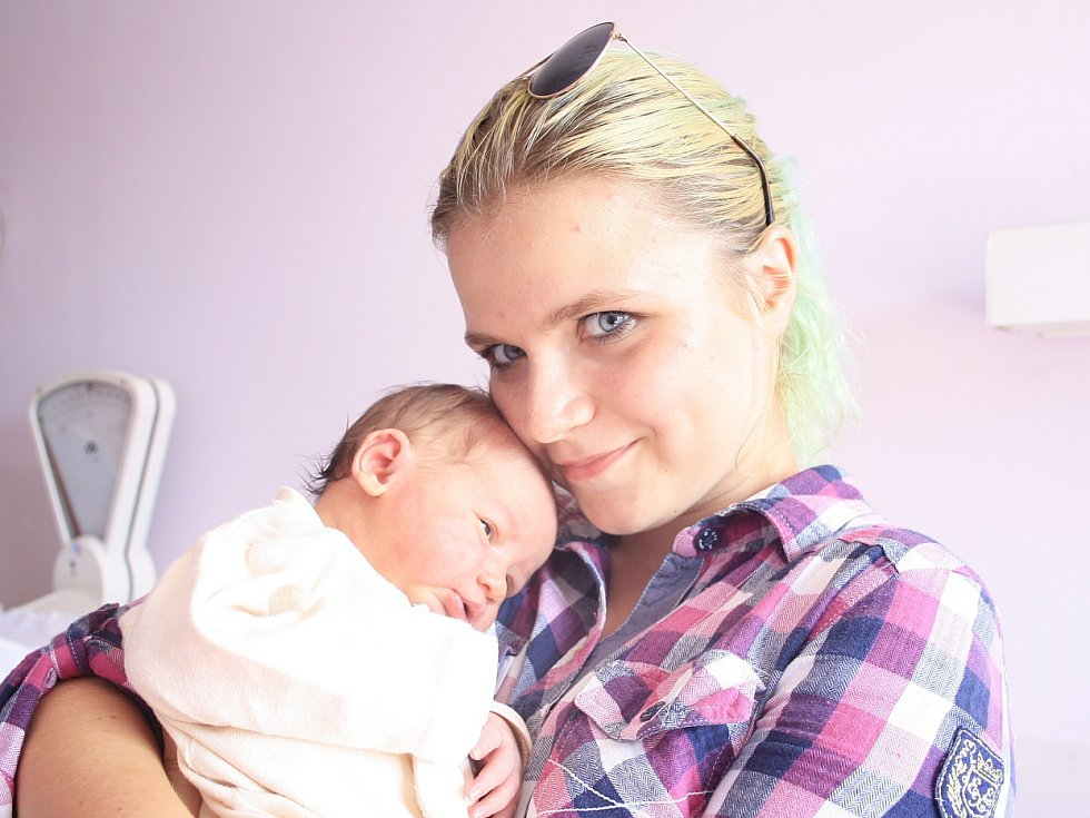 Anežka Didíková se narodila Martině Markové z České Kamenice 7. srpna v 9.00 v děčínské porodnici. Měřila 52 cm a vážila 3,9 kg.