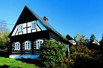 Podstávkový dům v Kamenické Strani.
