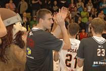 SPOKOJENOST. Děčínští basketbalisté se mohou radovat, vyhráli i v Kolíně.