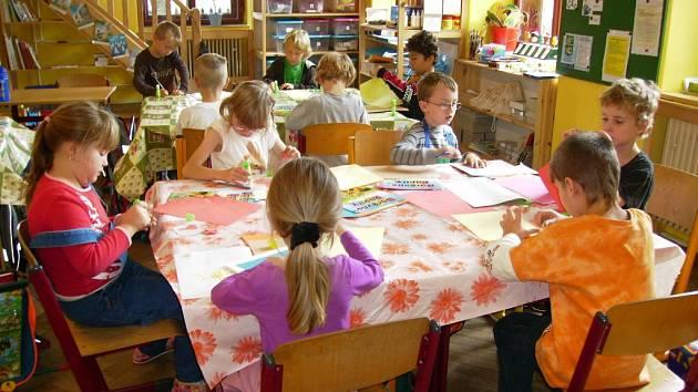 České škole pomohla německá banka.