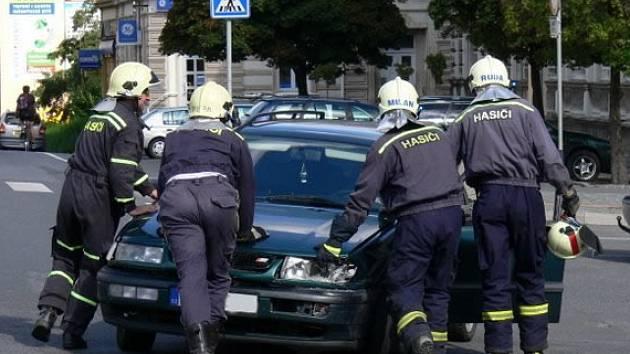 Nehoda na náměstí ve Varnsdorfu