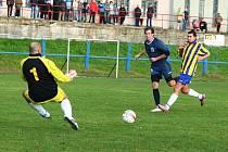 HORNÍ PODLUŽÍ (v tmavém) vyhrálo 1:0 v Trnovanech.