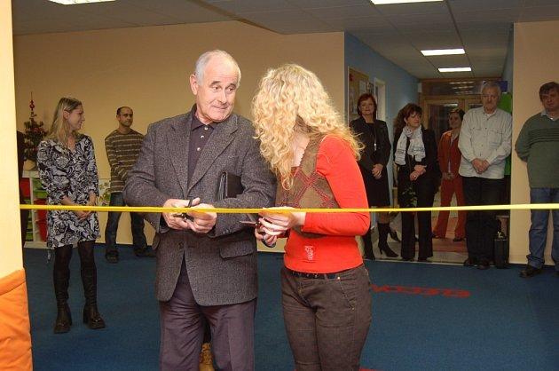Slavnostně otevřeli centrum pro děti
