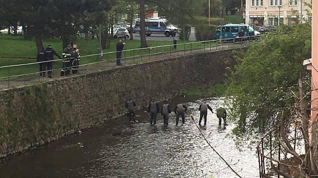 Policie pátrá ve Varnsdorfu v Mandavě.