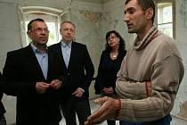 Do Šluknova dorazila část vlády.