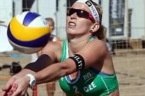MICHAELA VORLOVÁ zakončila kalendářní rok 2013 25. místem na turnaji SP v Jihoafrické republice. Děčínská rodačka hrála společně s Hanou Třešňákovou.