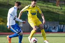 DEBAKL. Varnsdorf (ve žlutém) doma prohrál se Znojmem 0:6!