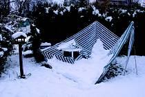 Sníh přidělal práci hasičům