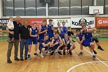 MLÁDEŽNICKÉ TÝMY děčínského basketbalu.