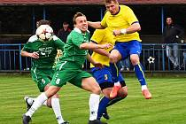 DŮLEŽITÉ BODY. Fotbalisté Vilémova (v zeleném) doma porazili Neratovice 1:0.