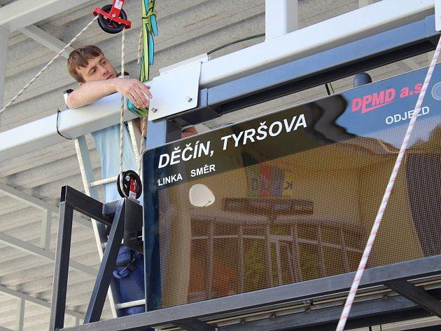 Instalace chytré zastávky v Děčíně na Tyršově ulici.