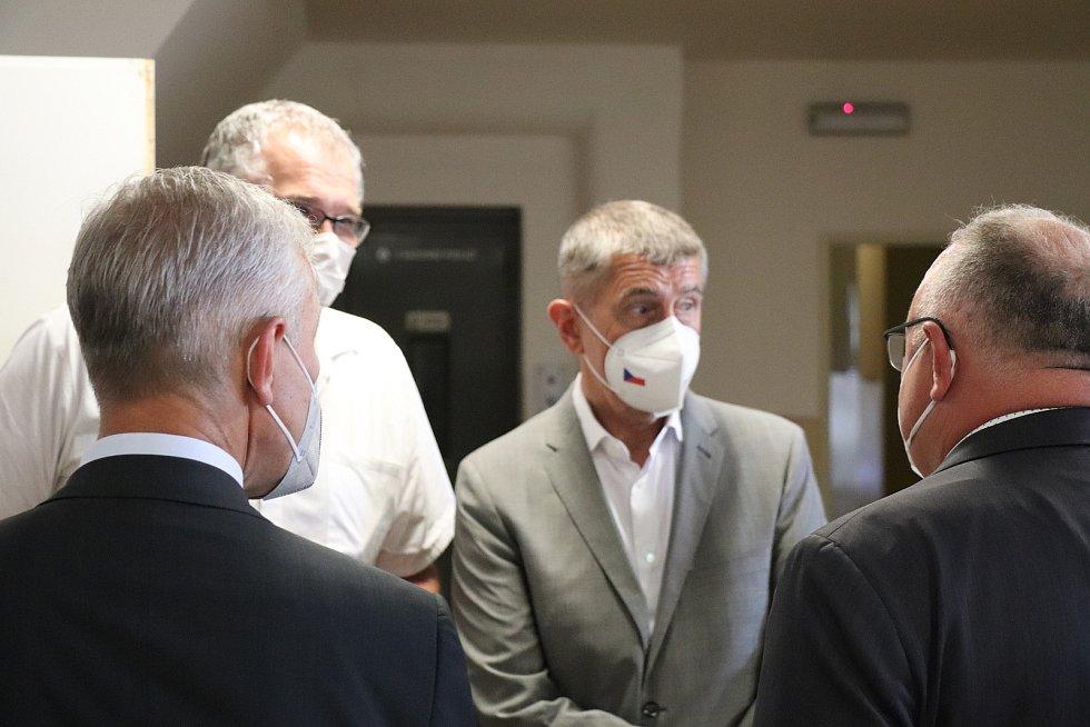 Premiér Andrej Babiš navštívil rumburskou nemocnici.