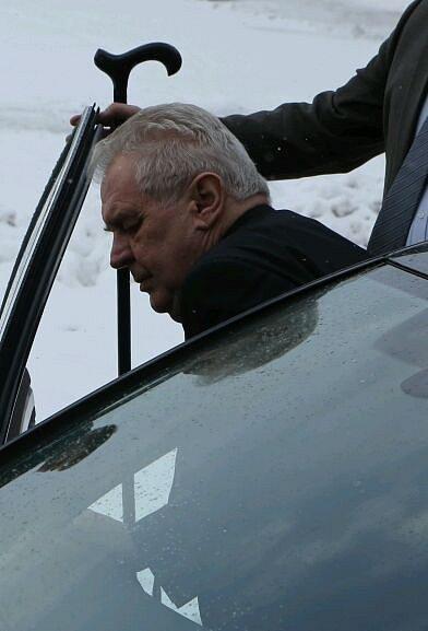 Zeman ukončil svou návštěvu vTOSu ve Varnsdorfu.