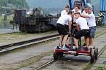 Na mistrovství republiky závodily v jízdě na pákových drezínách i týmy ze zahraničí.
