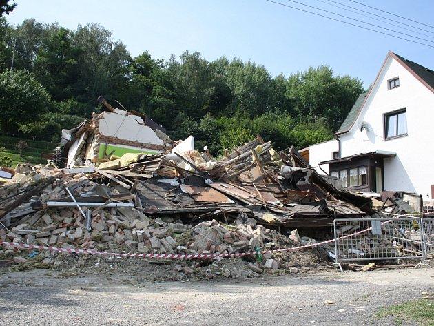 Dům po výbuchu, neděle 27.7.2014