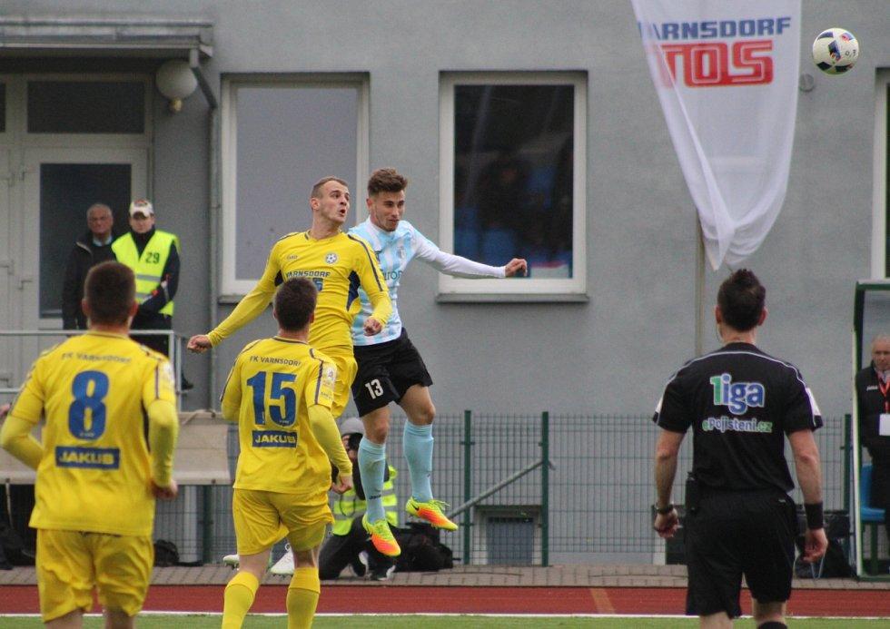 DERBY. Varnsdorf (ve žlutém) porazil Ústí 3:1.