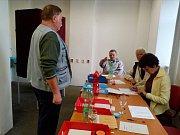 I v městečku Chřibská na Děčínsku měli maličkou volební místnost. Ta se nacházela na městském úřadě.