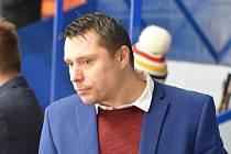JAROSLAV HAŠEK skončil na vlastní žádost jako trenér HC Děčín.