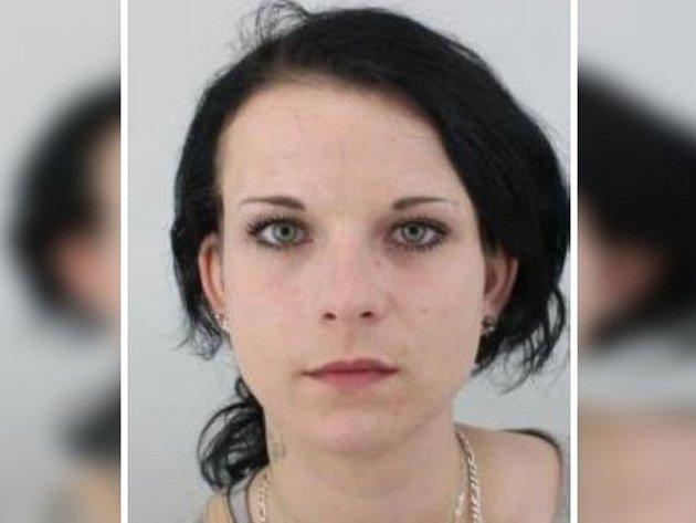 Kamila Polášková z Krupky se může zdržovat i na Děčínsku.