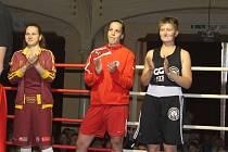 MARTINA SCHMORANZOVÁ (uprostřed) bude bojovat o svůj další titul mistra republiky.