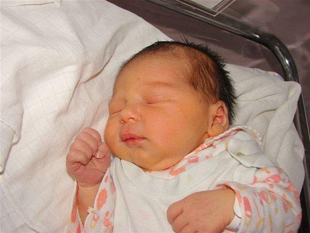 Adéle Ferencové z Krásné Lípy se 18.července ve 23.30 v rumburské porodnici narodila dcera Eliška.Měřila 47 cm a vážila 3,15 kg.
