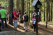 Vášniví turisté zahájili sezonu několikakilometrovým výletem.