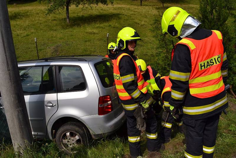 Dopravní nehoda v Martiněvsi.