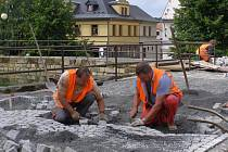 Rekonstrukce náměstí v Jiřetíně pod Jedlovou.
