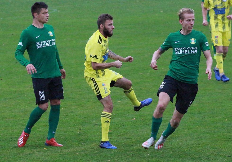 DŮLEŽITÁ VÝHRA. Varnsdorf doma porazil poslední Sokolov 3:0.