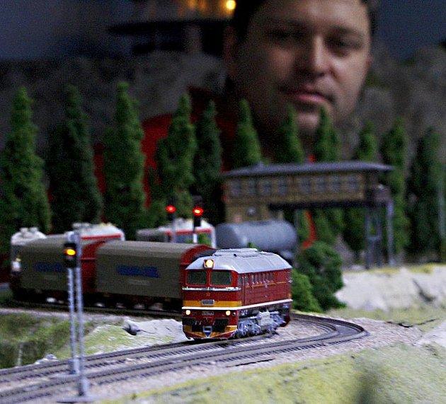 Modely vláčků: Království železnic