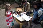 Děti si v zoo užijí program s indiány a kovboji.