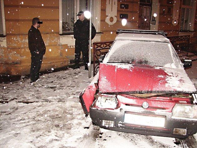 Řidič měl v dechu více než dvě promile alkoholu