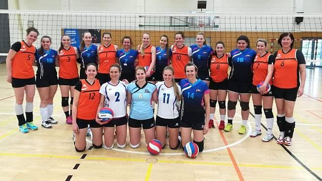 POVEDLO SE! Volejbalistky spojeného týmu Děčína a Rumburka vyhrály druhou ligu!